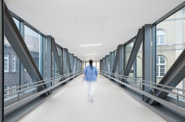 RS60322 Krankenhaus Henriettenstift Hannover 08 Lpr